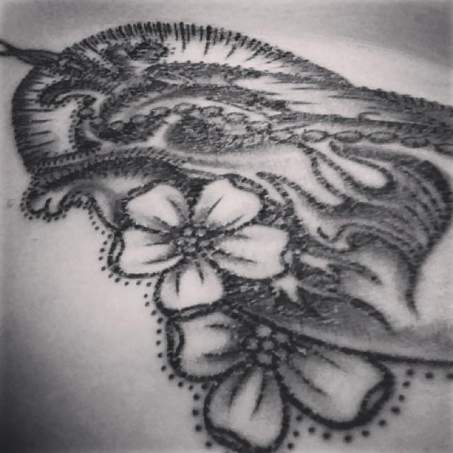 Tattoo healing & flaking