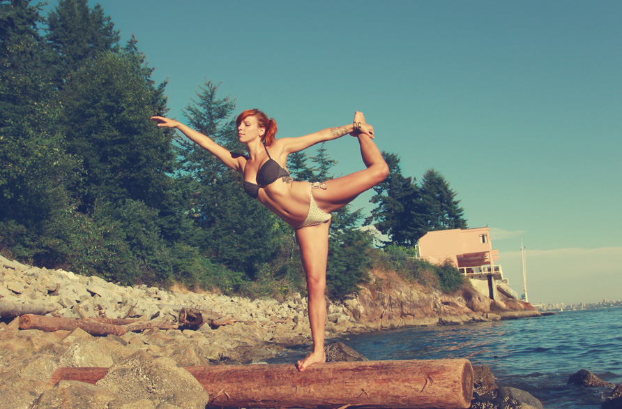 Yoga by the sea <3